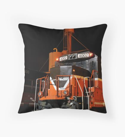 P&W 4002 Throw Pillow