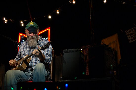 Seasick Steve: Still Live at Leeds! by RichardWalk