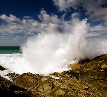 Currumbin Blast by Ken Wright