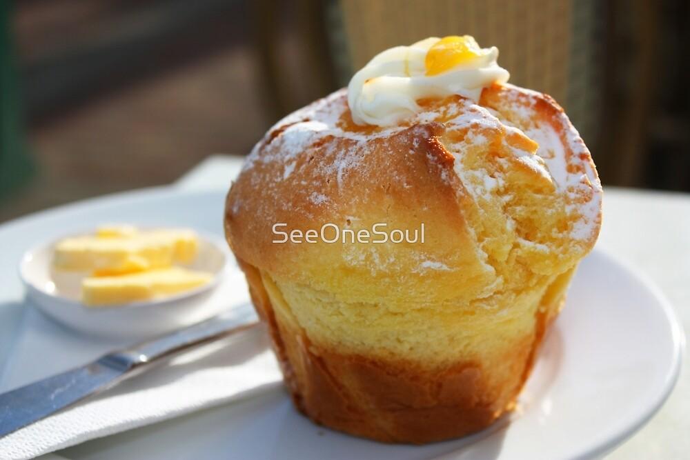 Sticky Lemon Muffin mmmmm njum njum njum ;) by SeeOneSoul