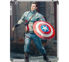 Michael Mulligan as Captain America (Photography by Sean William / Dragon Ink Photography) iPad Case/Skin