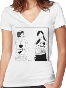 Cartoon:  I love seals ! Women's Fitted V-Neck T-Shirt
