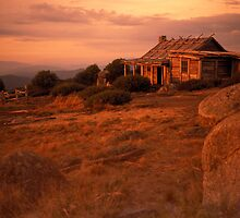 Craig's Hut, Mt Stirling Victoria Australia by Debbie Steer