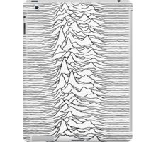 Pulsar waves - white&black iPad Case/Skin