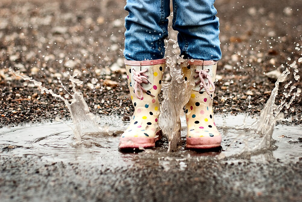 Puddle Jumping by ChristinaE