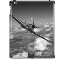 Battle of Britain Spitfire black and white version iPad Case/Skin
