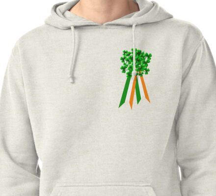 T-Shirt: Ribbon and Shamrock for Saint Patrick's Day Pullover Hoodie