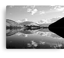 loch of the lowes (b&w) Canvas Print