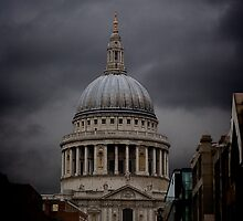 St Pauls moody by Ashley Beolens
