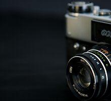 Vintage camera by DonatellaLoi