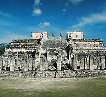Maya Pyramide by julie08