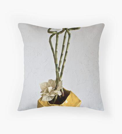 Ikebana-104 Throw Pillow