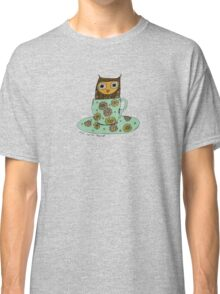 Owl in a teacup Classic T-Shirt