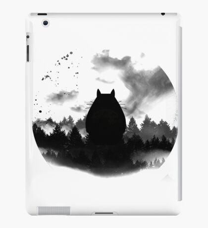 Totoro under the moon iPad Case/Skin