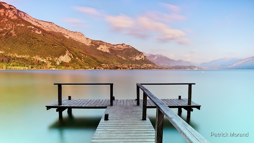 Dusk colors on Annecy lake by Patrick Morand