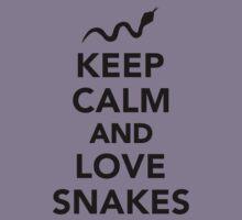 Keep calm and love snakes Kids Tee