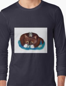 Mouse and Kitten Eat Popcorn Long Sleeve T-Shirt