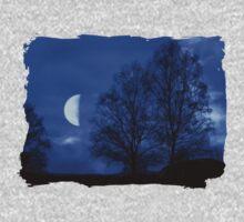 Moon between Trees - JUSTART © Kids Clothes