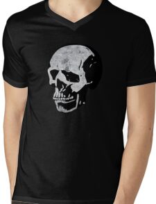 Classic Punk Skull Mens V-Neck T-Shirt