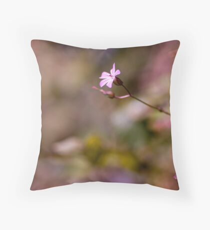 Single proud wildfower Throw Pillow