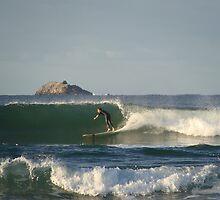 Surf in Byron Bay by Elena Martinello