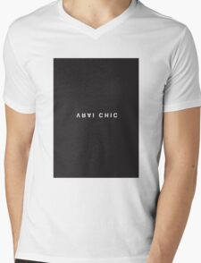 Vrai Chic Minimalist Black and White - Trendy/Hipster Typography Mens V-Neck T-Shirt