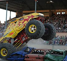 Monster trucks, Outback Thunda , Adelaide 2009 by Ralph  Meznar