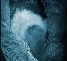 Trümmelbachfälle: cyan 3 by Lenka