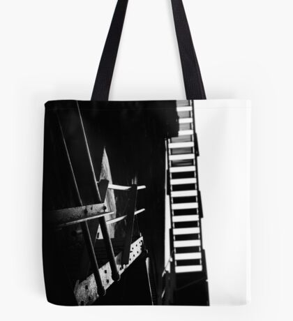 escaping the darkness Tote Bag