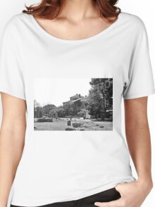 Paestum: archaeological site with restaurant Women's Relaxed Fit T-Shirt