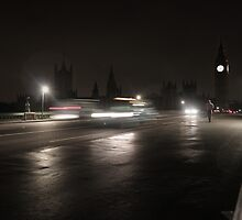 London Bridge by Tim Emmerson