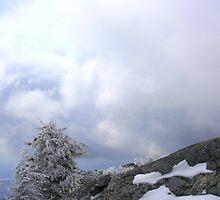 mountain cloud by noshin