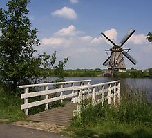 Windmill  Kinderdijk  by AnnieSnel