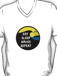 Eat sleep waves repeat T-Shirt