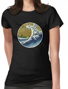 Japanese surf wave Womens Fitted T-Shirt