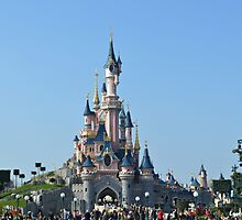Disneyland Paris Castle by Lewkeisthename