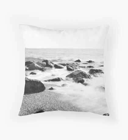 smoke in the water Throw Pillow