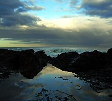 Rockpool Sunset at Lorne by fastcars