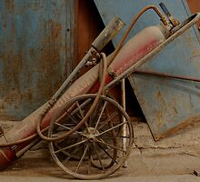 Old fire Extinguisher by franceslewis