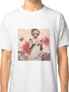 Une Femme Classic T-Shirt