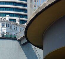 The Esplanade Hotel, St.Kilda by Roz McQuillan