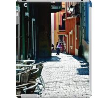 An Alley in Puerto Rico iPad Case/Skin