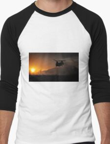 Chinook Helicopter lifting off as the sun sets - Military Art / Army / Air Force  Men's Baseball ¾ T-Shirt