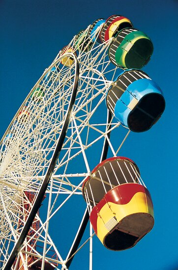 Luna Park Wheel by Sean Pinwill