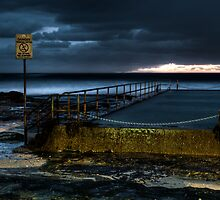 Cronulla Pool -Don't Dive by Alexander Kesselaar