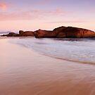 South West Rocks by Gareth Bowell