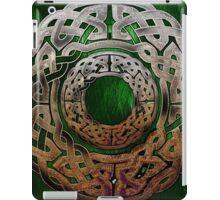 Stone Celtic Knbot Circle iPad Case/Skin