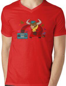 Beatbull Mens V-Neck T-Shirt