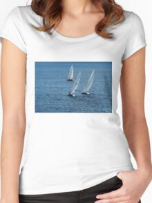 Into The Wind - Crisp White Sails On a Caribbean Blue Women's Fitted Scoop T-Shirt
