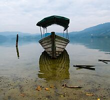 boat  by juan jose Gabaldon
